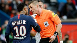 Paris Saint-Germain 4 - 0 Angers